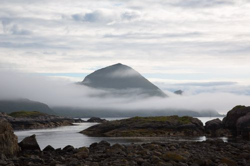 Ile-Vesteralen-brume-mer-Norvege.jpg