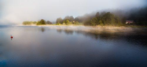 Paysage-panoramique-brume-matin-Mandal-Norvege.jpg