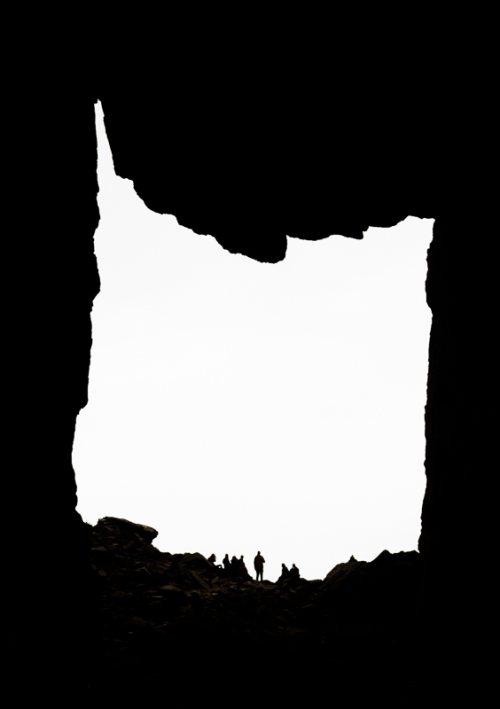 Torghatten-silhouettes-noir-blanc-Norvege.jpg